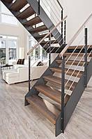 Лестница прямая с площадкой по индивидуальному заказу