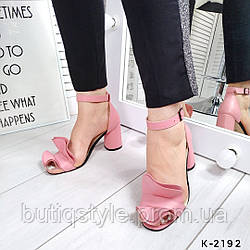 Женские розовые босоножки натуральная кожа на каблуке