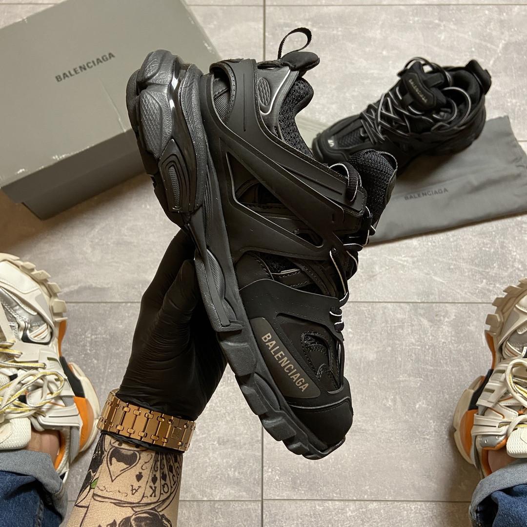 Жіночі кросівки Balenciaga Track Triple Black.