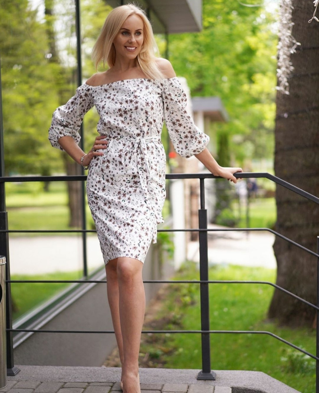 Стильне жіноче ошатне плаття 42,44