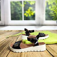 Босоножки без каблука на белой подошве, фото 1