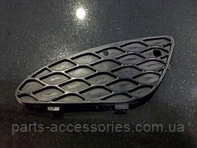 Решітка в бампер класик L. R. Mercedes W211 E W 211 нова орг. 03-06