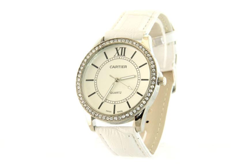 Копия женских часов Cartier