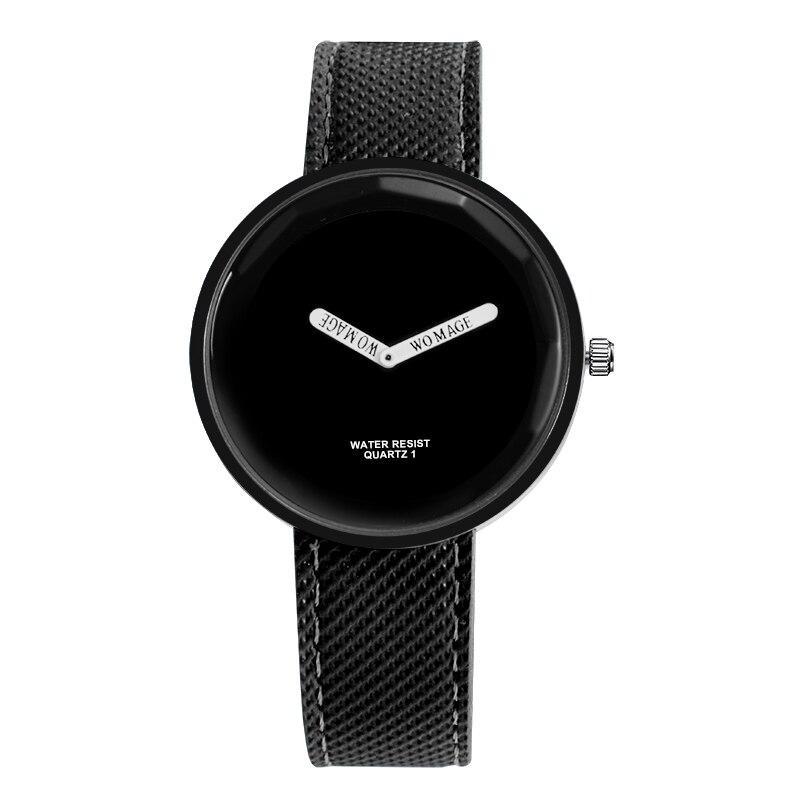 Жіночий наручний годинник з чорним ремінцем код 608