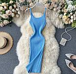 Яркое платье - майка с вырезом декольте из трикотажа лапши по фигуре 79031417, фото 2