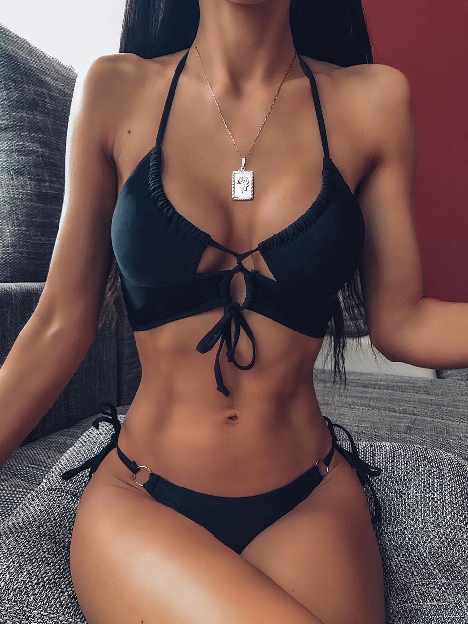 Черный женский раздельный купальник с фигурным топом 78kap505