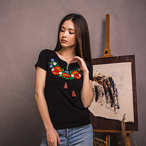 Черная трикотажная футболка Полевая Красота
