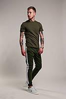 Мужской костюм:футболка и штаны,цвет хаки