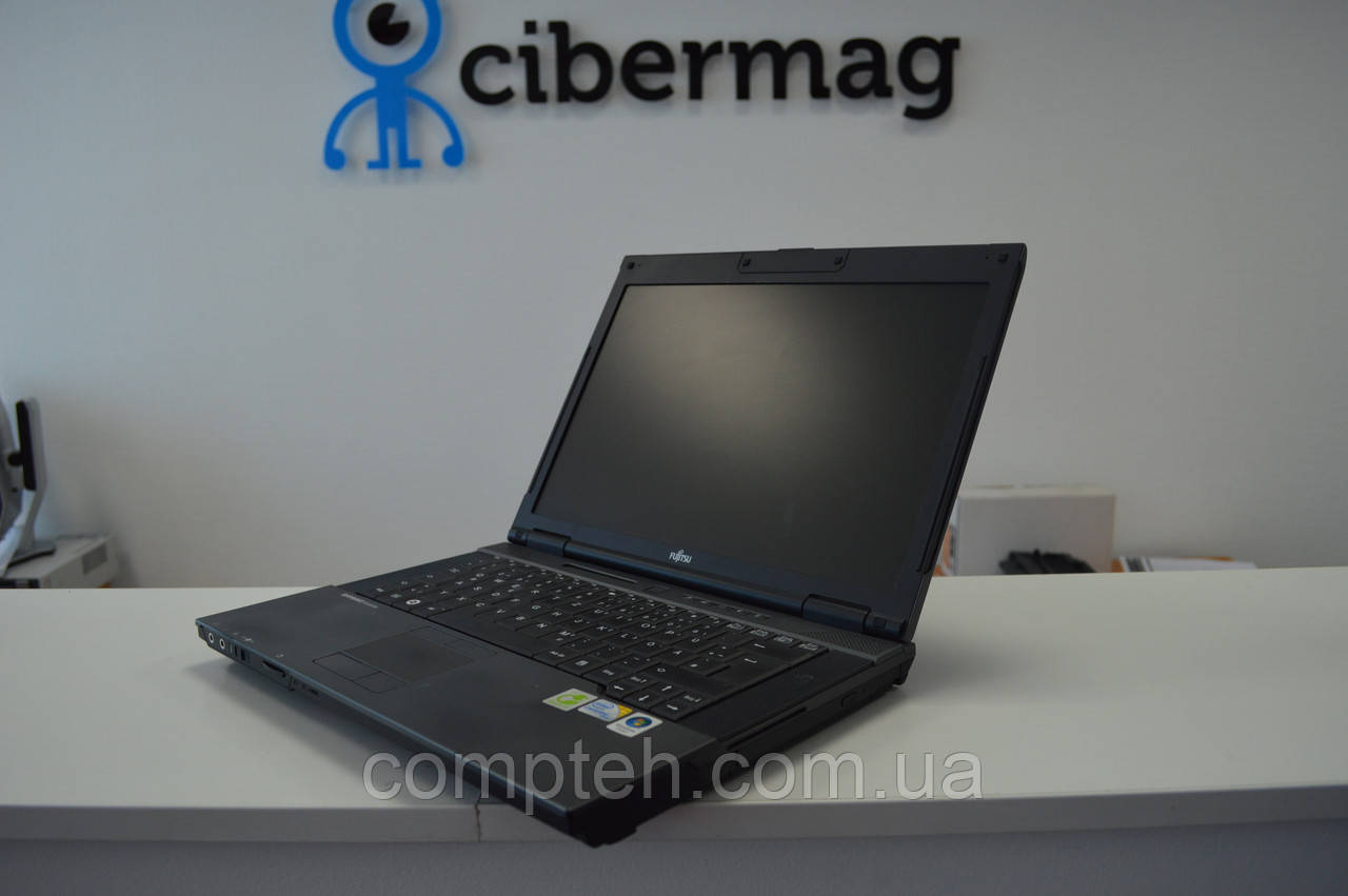 Ноутбук Fujitsu Siemens Esprimo D9510