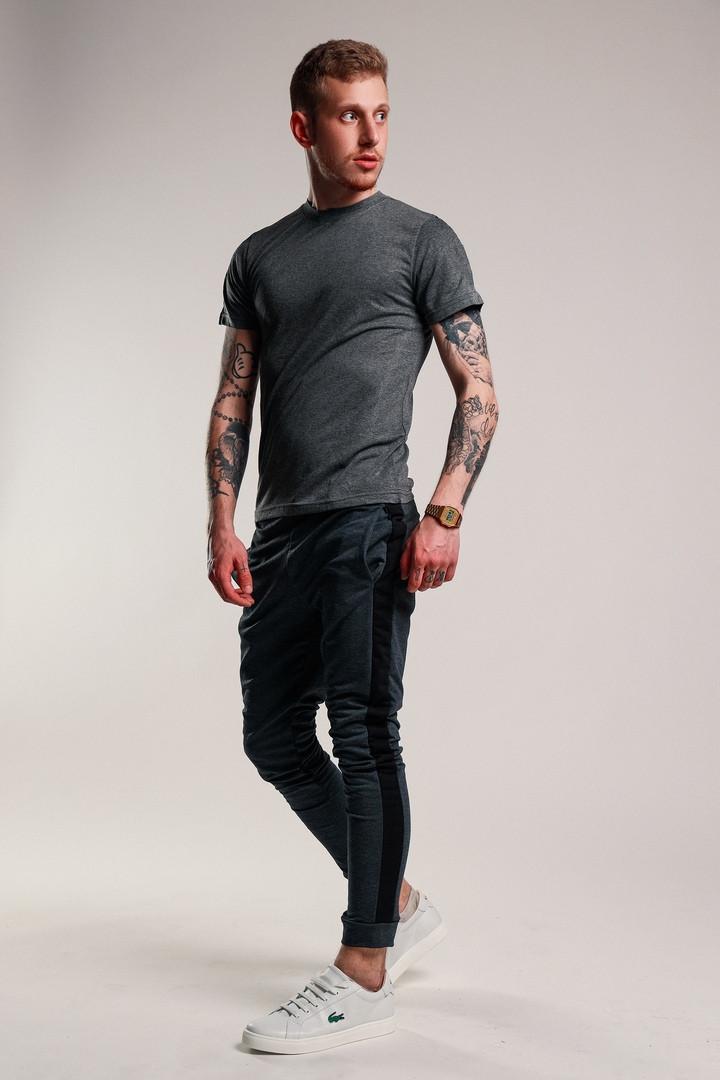 Мужской стильный костюм:футболка и штаны,цвет графит