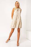 Легкое женское летнее платье А-силуэта молочное с мелким цветочным принтом и воланами