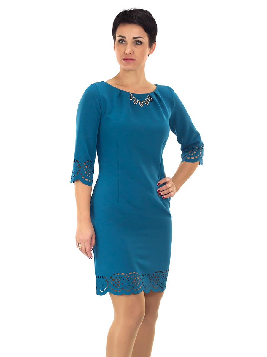 Нарядное женское платье с перфорацией.