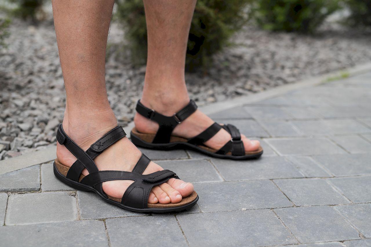 Мужские сандали кожаные летние черные-коричневые