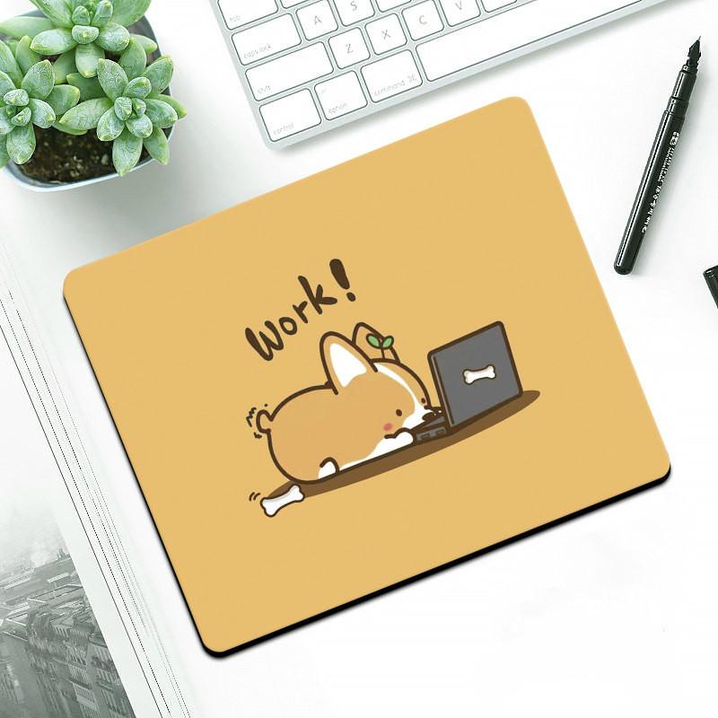 """Коврик для мыши """"Корги за ноутбуком"""""""