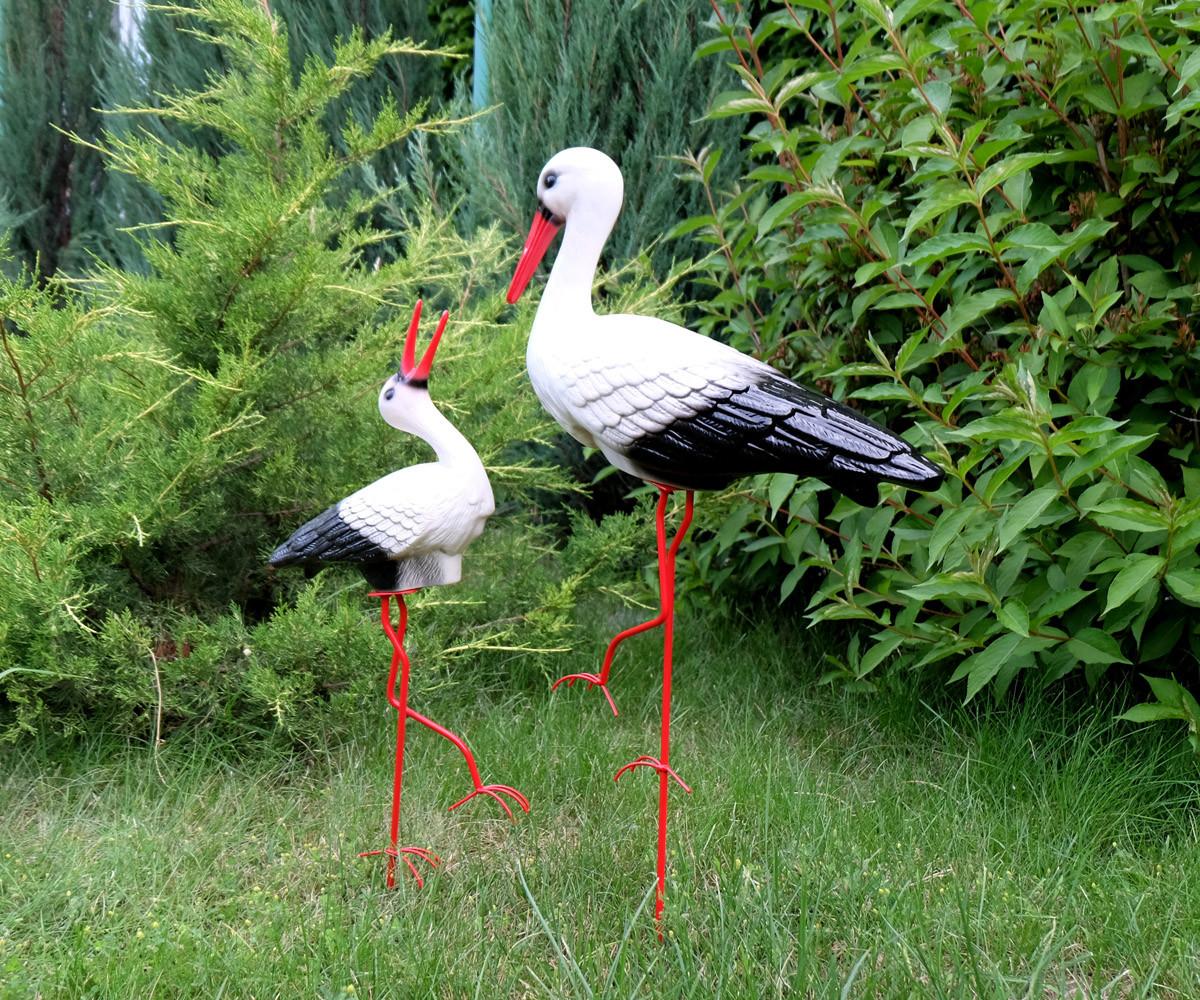 Декоративный аист с аистенком - садовый декор из керамики на металлических лапках (БК)