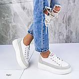 В наличии кроссовки, туфли, мокасины из натуральной кожи белого цвета с серой полоской, фото 4