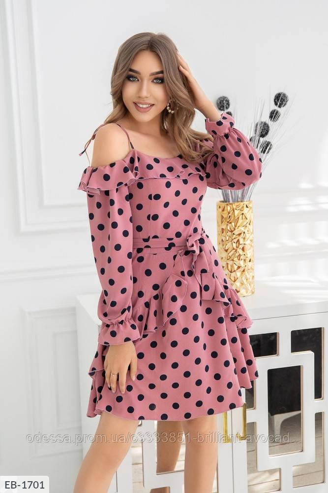 Женское летнее платье со спущенными плечами в горошек