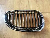 Решетка радиатора правая BMW 5 (E60) 05-