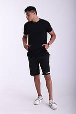 Футболка чёрная Quest Wear с карманом кенгуру, фото 3