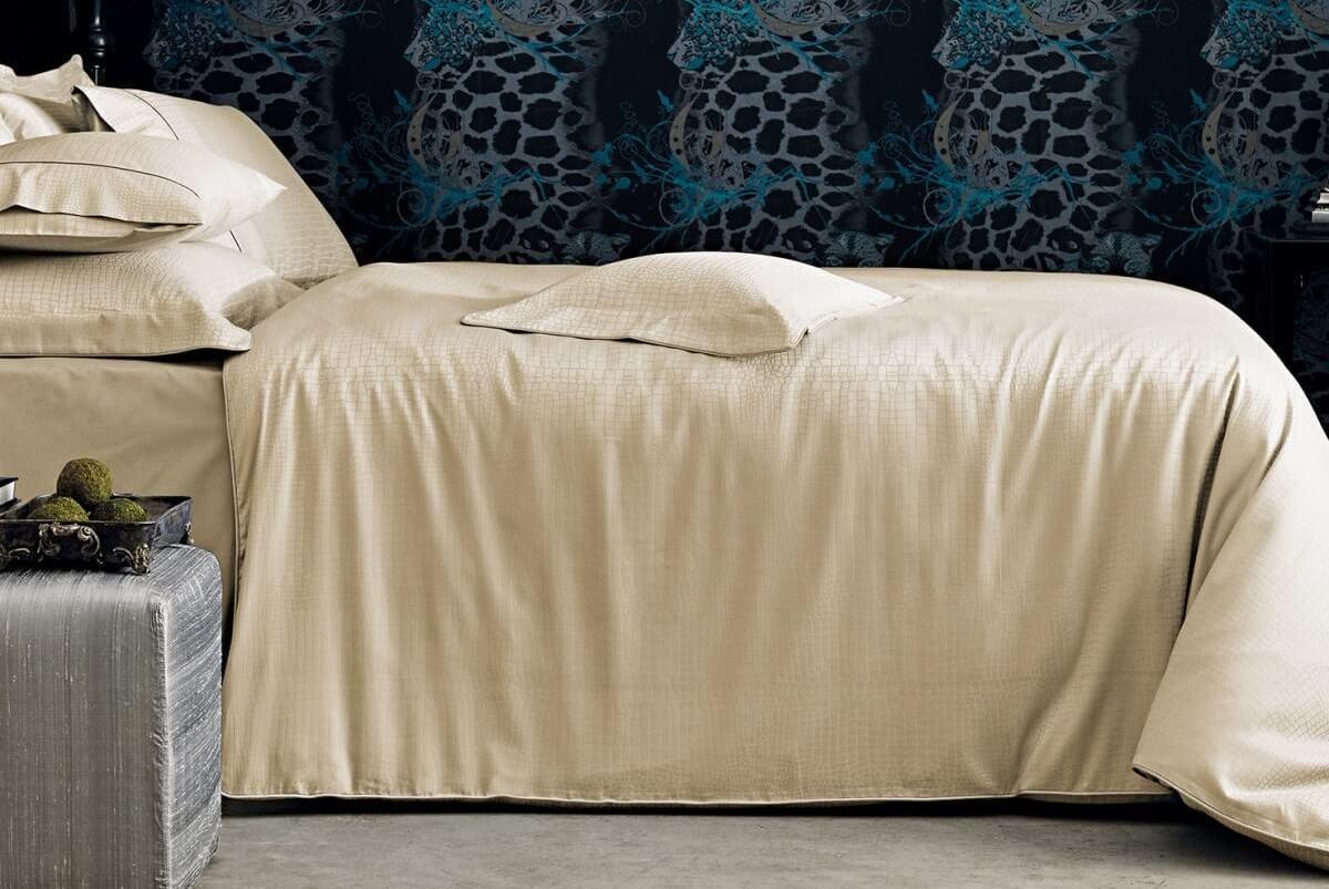 Постельное белье элитное 2-спальное евро VALERON Crocodile бежевое