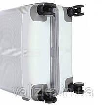 Комплект чемоданов из полипропилена белого цвета  Snowball 91303 Франция, фото 2