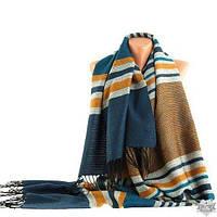 Теплый женский шарф с бахромой TRAUM