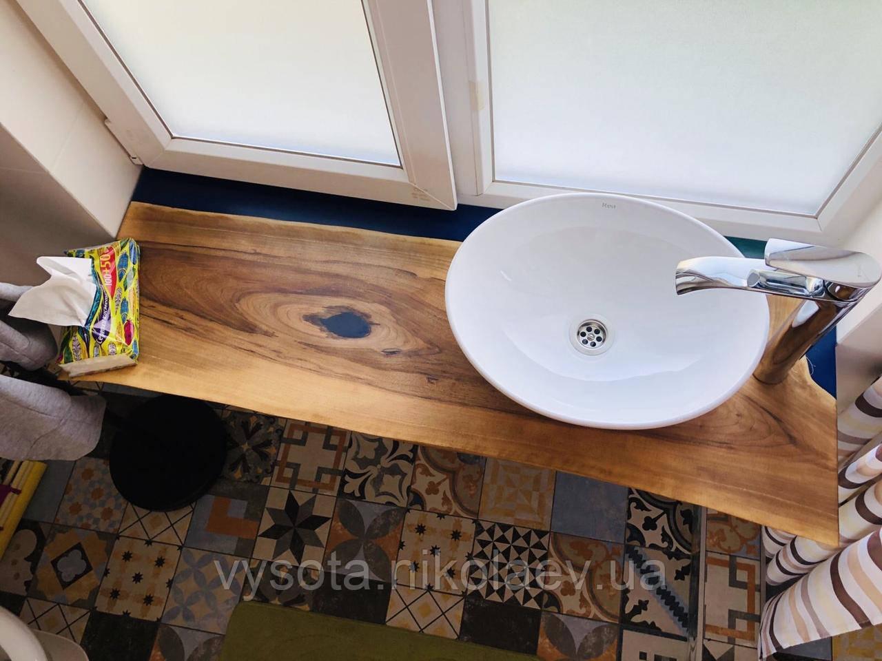 Подоконники, столешница в ванную комнату из дерева Орех