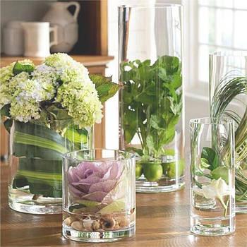 Стеклянные вазы и колбы для декора