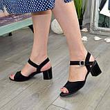 Босоножки замшевые черные женские на устойчивом каблуке, фото 5