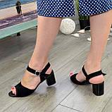 Босоножки замшевые черные женские на устойчивом каблуке, фото 4