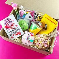 Surprise BOX сюрприз коробка подарунок дівчині, хлопцю, подрузі, дитині