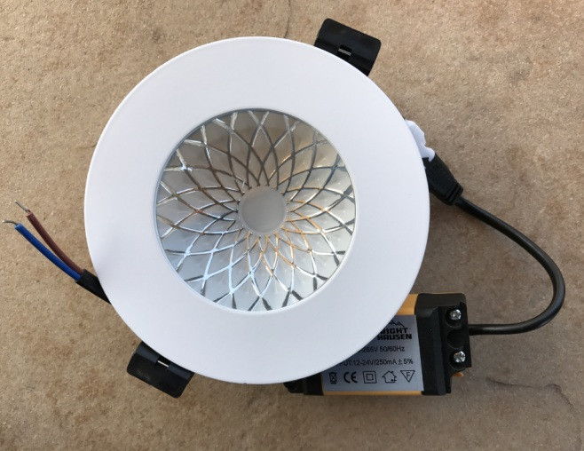 Вбудований світлодіодний світильник RIGHT HAUSEN Plate 6W 4000K білий Код.58853