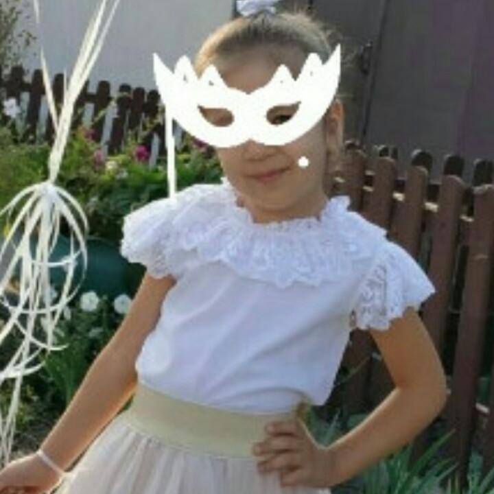 Школьная блузка белая