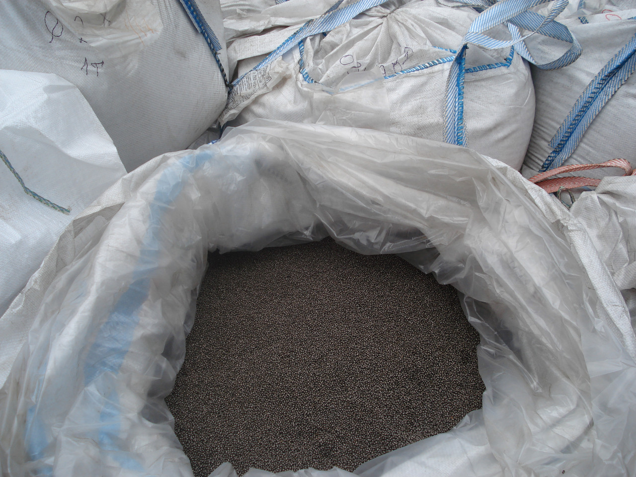 Дробь литая чугунная и стальная   ГОСТ 11964-81 0.3...6.0 мм