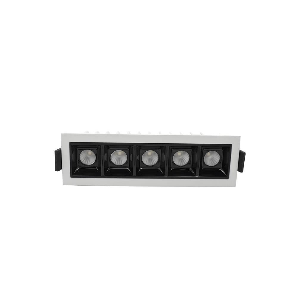 Светодиодный точечный светильник Skarlat XT4550-5-LED 8W WH 3000K/6000K