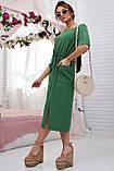 Женское летнее свободное платье ниже колена, с рукавами по локоть, с разрезом спереди. Зеленое, фото 3