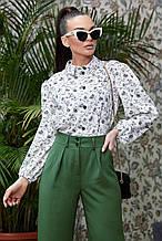 Женская блузка(блуза) с широкими, длинными рукавами, с воротником. В цветочек. Белая
