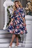 Летнее синее платье миди ниже колена с красными цветами. Платье с цветочным принтом, фото 4