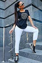 Женская футболка со стразами. Черная