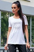 Женская футболка со стразами. Белая