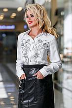 Женская блузка(блуза) с воротником и манжетами, с вышивкой,длинными рукавами.Белая