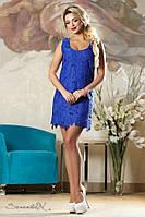 Летнее короткое синее платье мини майка выше колена без рукавов с цветами. Кружевное