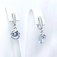 Серебряные серьги с подвесками с камнями белого цвета (152с22)