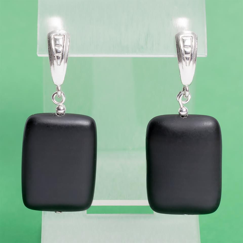 Бяньши черный нефрит, 25*18 мм., серебро, серьги, 345СРБ