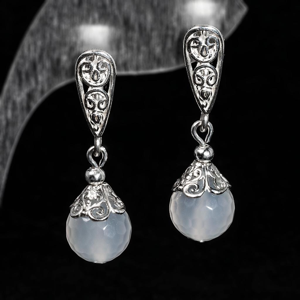 Серебряные серьги с белым агатом, Ø10 мм., 456СРА