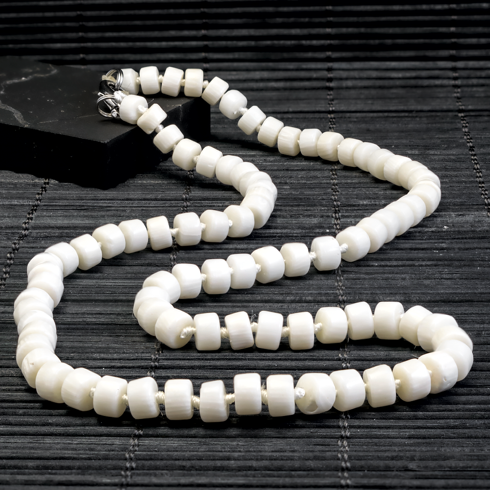 Корал білий, намисто, 343БСК