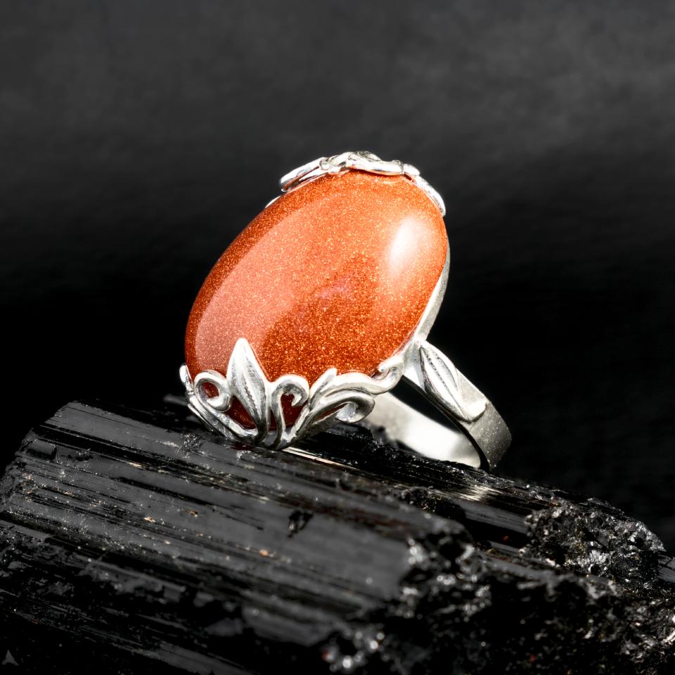Авантюрин золотой песок, серебро 925, кольцо, 614КА