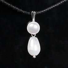 Серебряный кулон с белым жемчугом, 1074КЛЖ