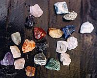 Набор натуральных минералов, самоцветы, минералы, коллекция натуральных камней 20 шт, 1,2*1 см