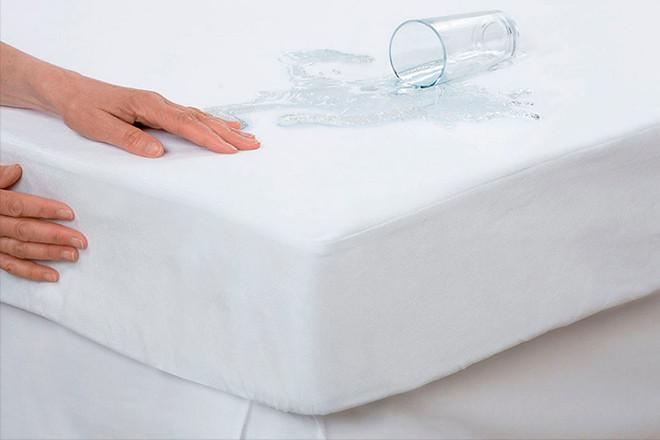 Водонепроникний наматрацник-чохол Clasy 160x200 см